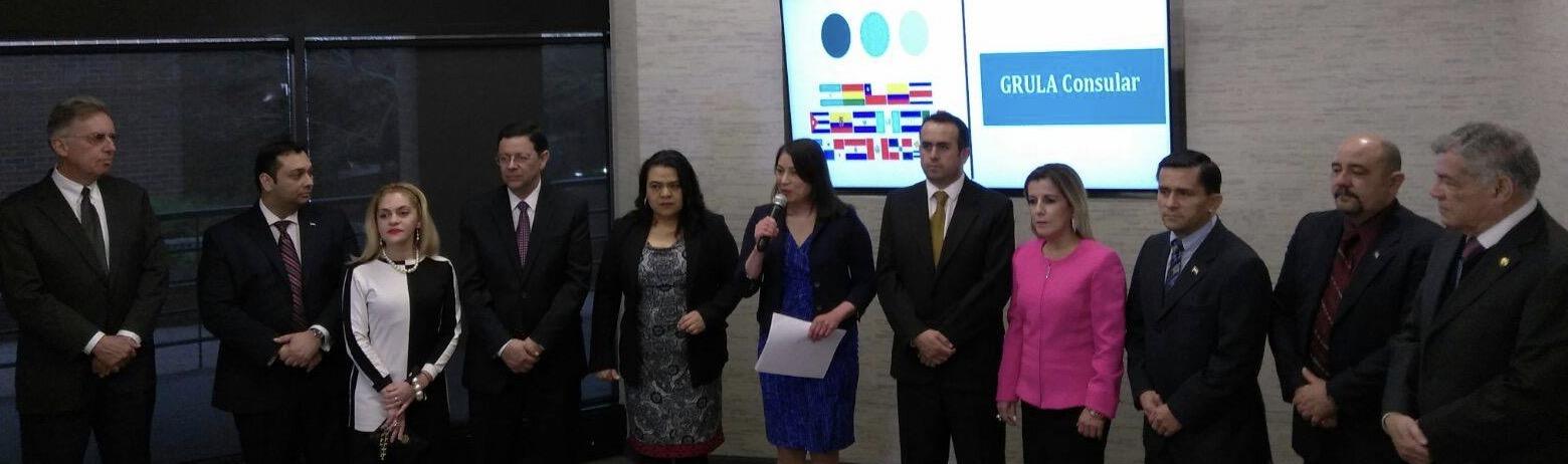 Grupo Latinoamericano Consular (GRULAC) invitó a una rueda de prensa para mostrar el nuevo portal con información  consular e información comunitaria. Para mayor información pueden visitar www.grulacdc.org
