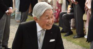 El emperador Akihito sería el primero en abdicar en dos siglos en Japón