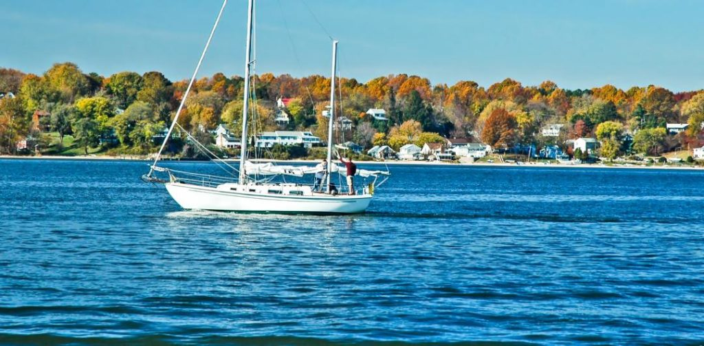 Sailing on the Chesapeake bay shutterstock_1609886 - Copy